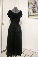Load image into Gallery viewer, Vintage Dropped Shoulder Velvet 80's Dress - Vintage Pygmy