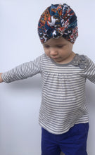 Load image into Gallery viewer, Paisley Knotted Baby Turban - Vintage Pygmy