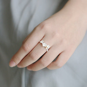 Emma Flower Ring