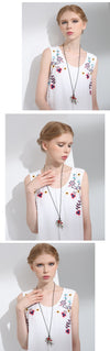 Vintage Long Necklaces for Women with Handmade Red Beans Retro Leaf Leather Chain Pendant Necklace Jewelry Gift