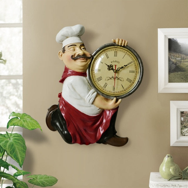 Vintage Resin Chef Statue Wall Clock for Living Room Kitchen Hanging Clock for Home Decoration