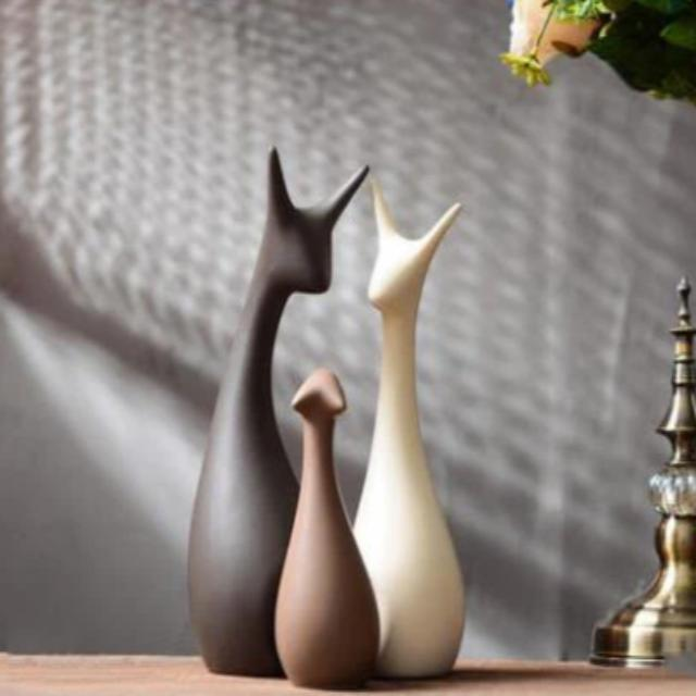 Modern Ceramic Figurines Home Furnishing Decoration Crafts Wedding Gift