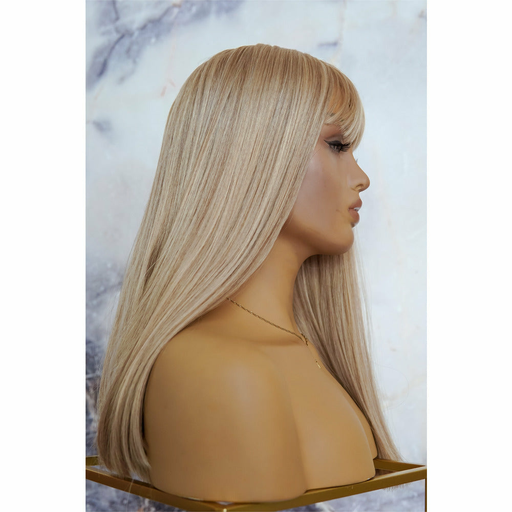 "ASHLEY Blonde 18"" Fringe Wig"