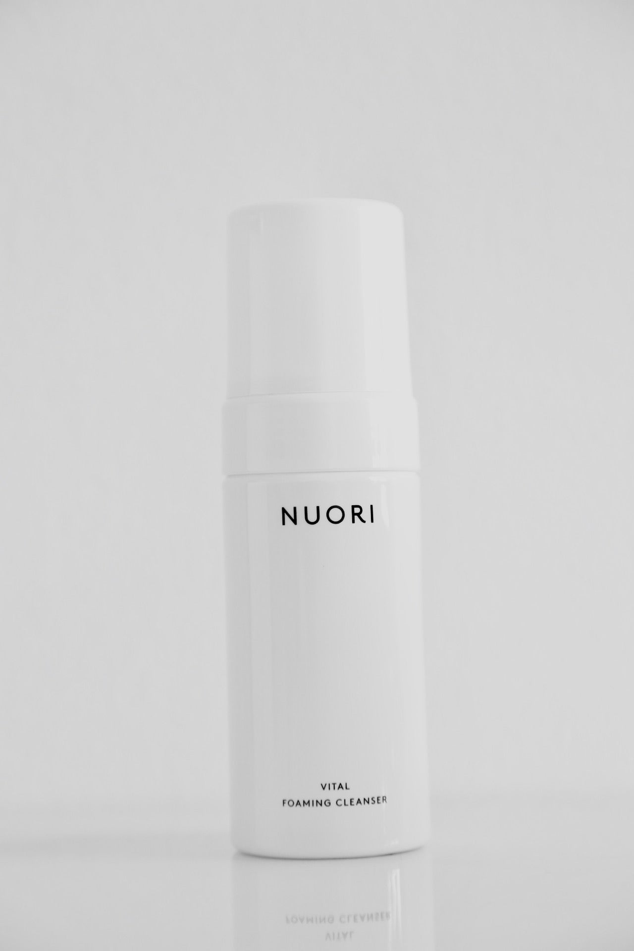 Vital Foaming Cleanser - Noli