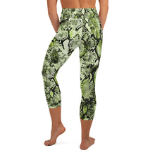 Load image into Gallery viewer, Green Snake Skin High Waisted Capri Leggings