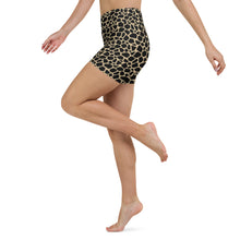 Load image into Gallery viewer, Giraffe print biker shorts