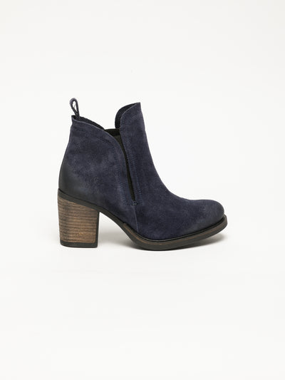 Bos&Co Navy Round Toe Ankle Boots