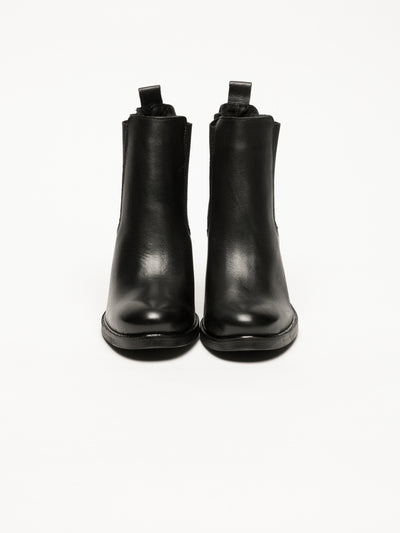 Bos&Co Black Leather Chelsea Ankle Boots
