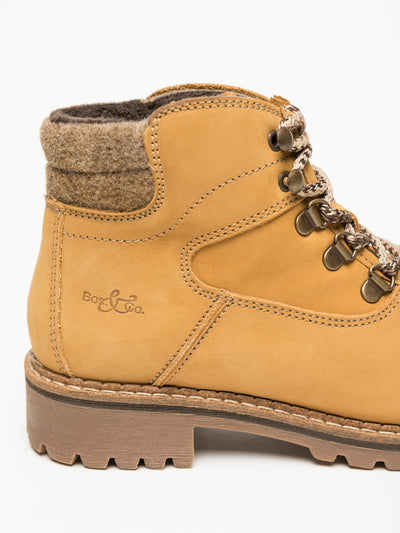 Bos&Co Peru Lace-up Ankle Boots