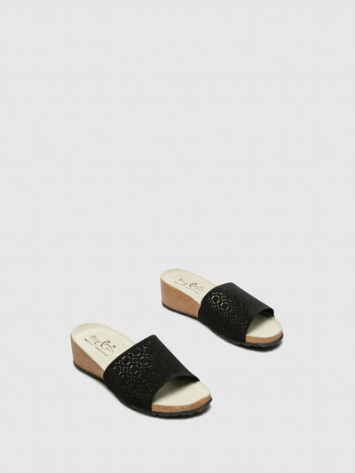 Bos&Co Black Round Toe Sandals