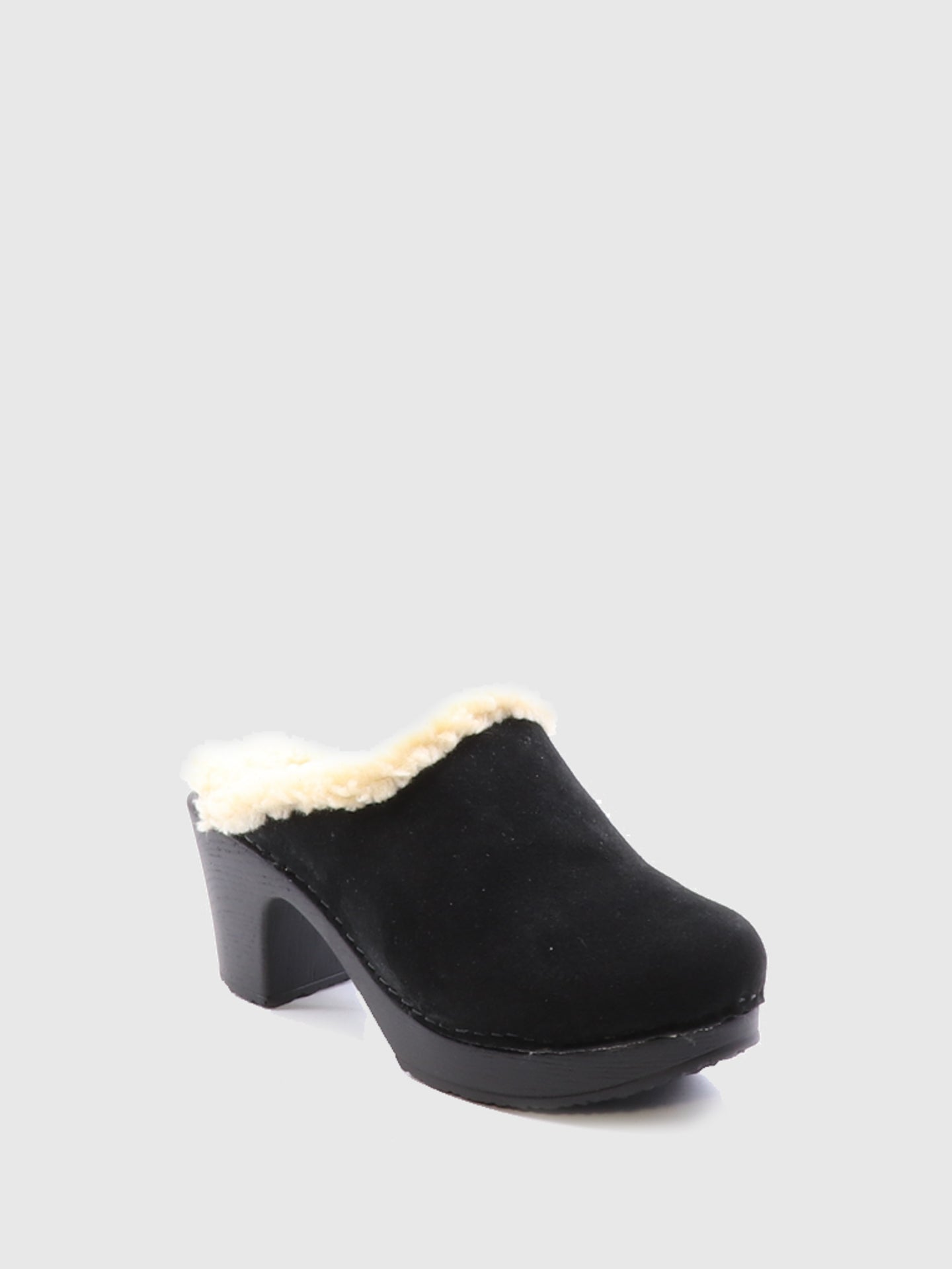 Bos&Co Black Round Toe Mules