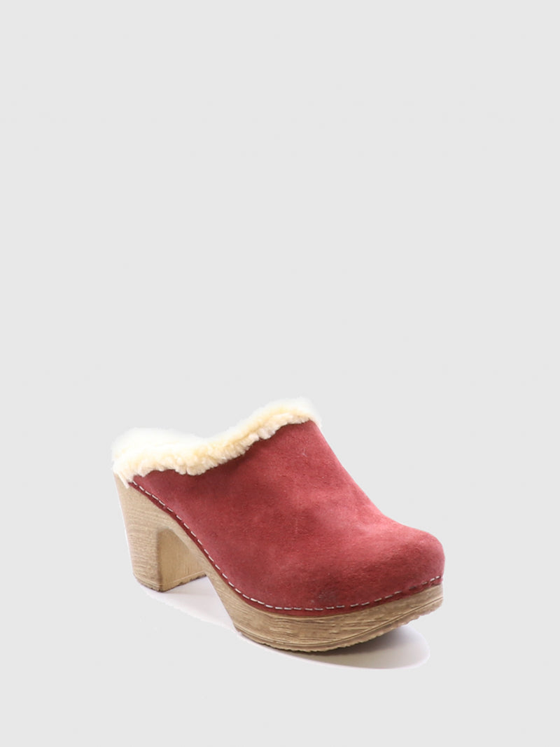 Bos&Co Red Round Toe Mules
