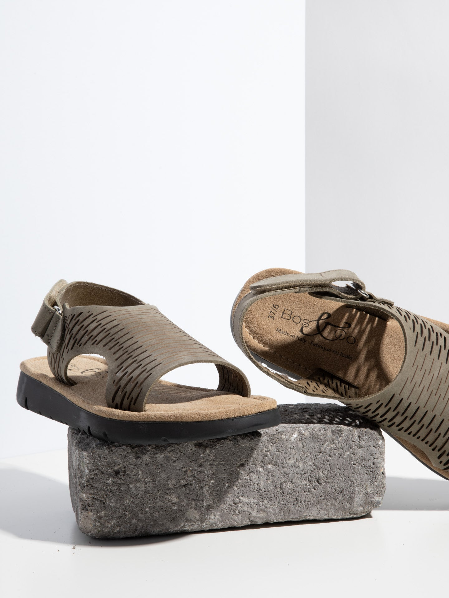 Bos&Co Green Velcro Sandals