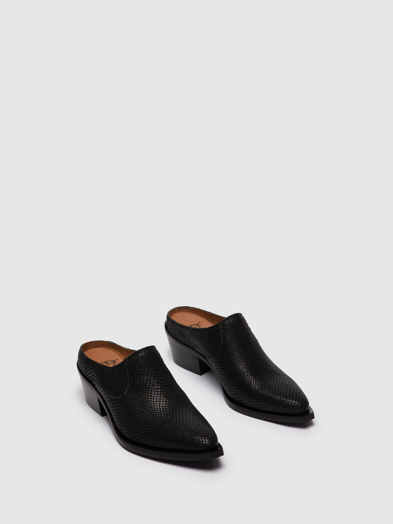 Black Closed Mules