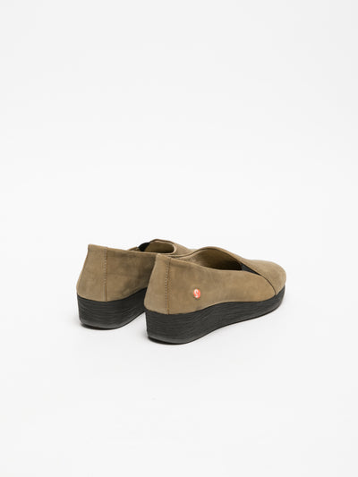 SOFTINOS Tan Wedge Shoes