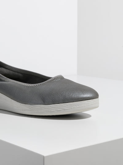 SOFTINOS Silver Elasticated Ballerinas
