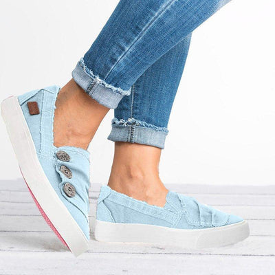 Pleated Button Flat Casual Sneakers