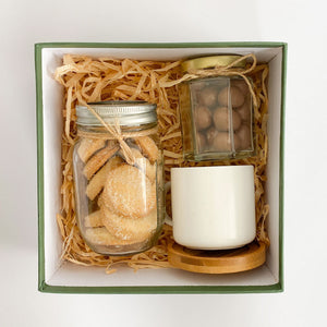 Cookie and chocolate box - Galletas, chocolates y taza