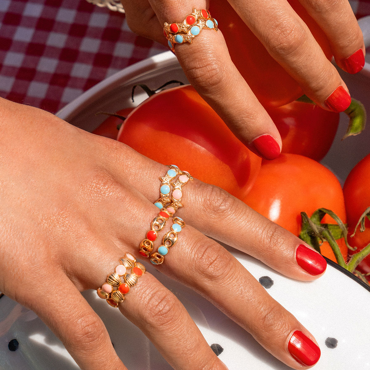 Rings - Ring - Enameled Cabochon Coral Dots and Marine Link - 2 | Rue des Mille