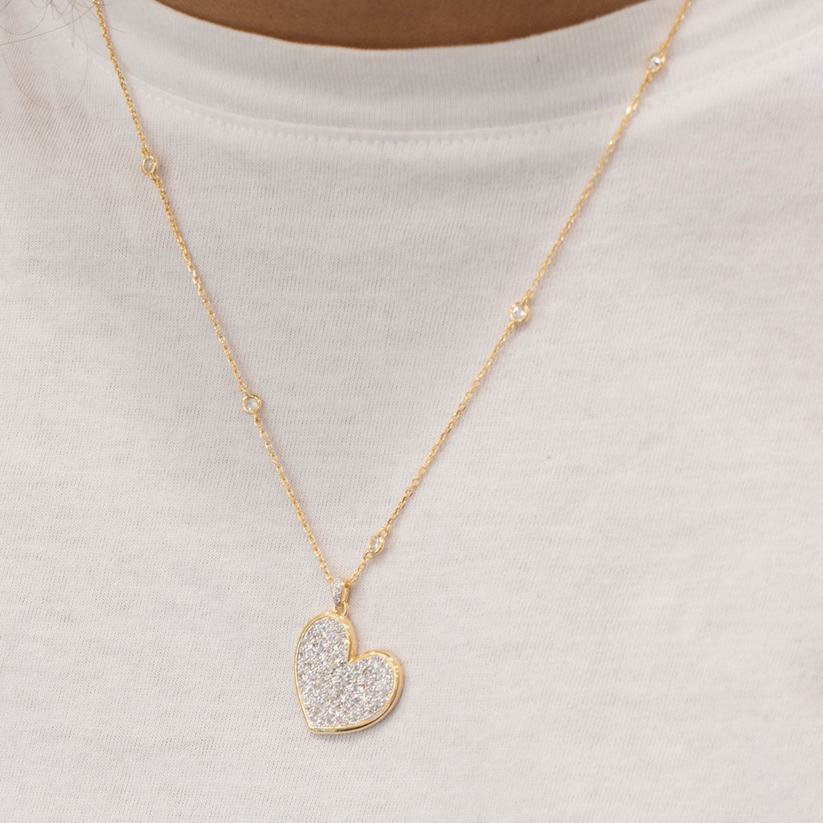 Chokers - Chain Choker 50 cm With Zircons and Heart Subject - 3 | Rue des Mille