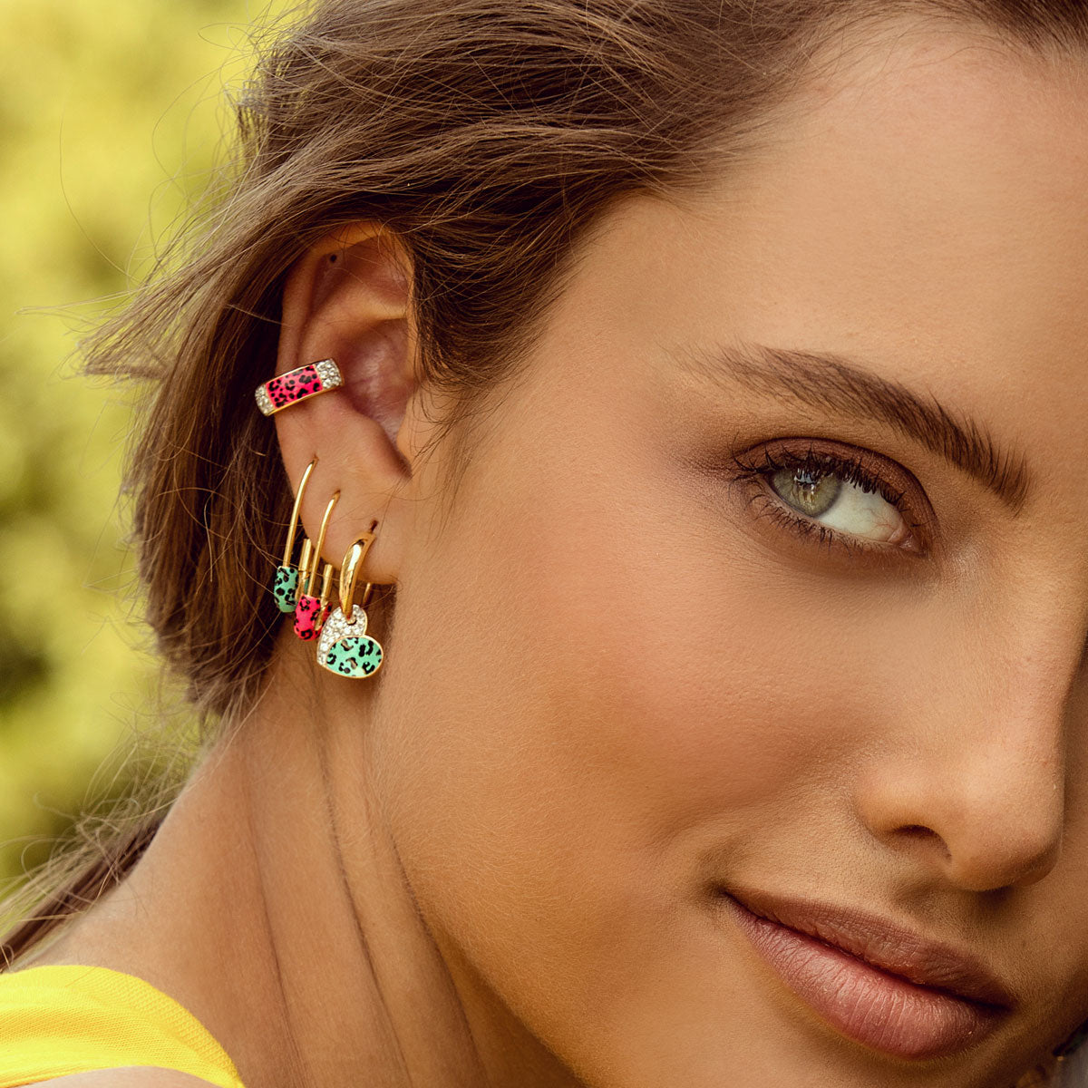 Earrings - Single Earring With Small Hoop and Heart - Leopard Print - 4 | Rue des Mille