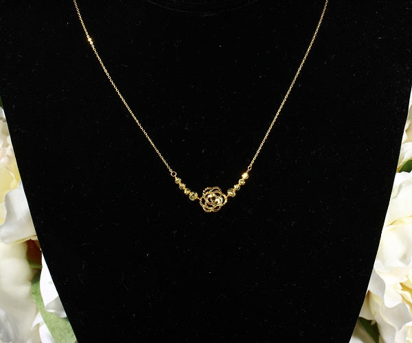 14k Gold Diamond-Cut Graduated Flower Pendant Necklace, 18""