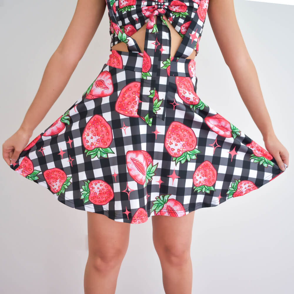 Strawberry Suspender Skirt - Black 🍓