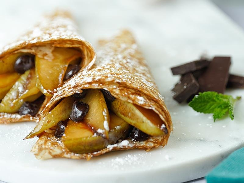 caramelized pears & dark chocolate crêpe cones to celebrate La Chandeleur