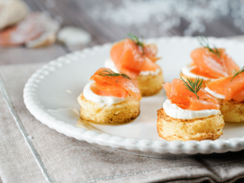 smoked salmon bites on sliced brioche