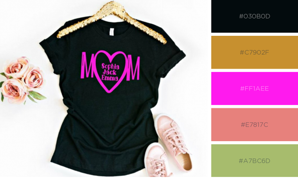 "t-shirt with ""Mom"" print; children's names inside heart ""O"""