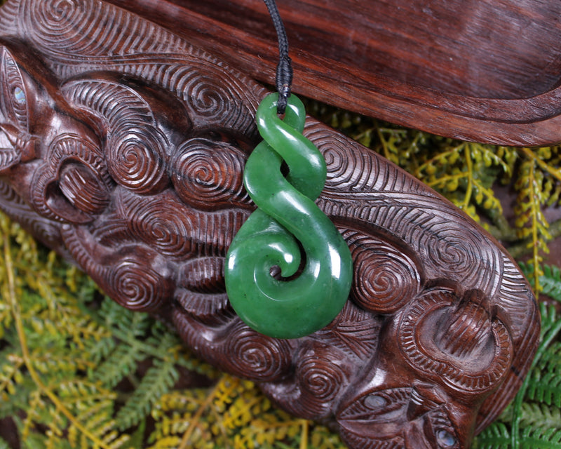 Porowhita or Pi Stone carved from Hapopo Pounamu - NZ Greenstone