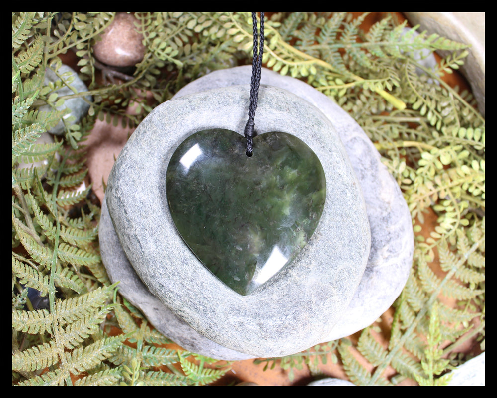 Heart carved from Rimu Pounamu - NZ Greenstone