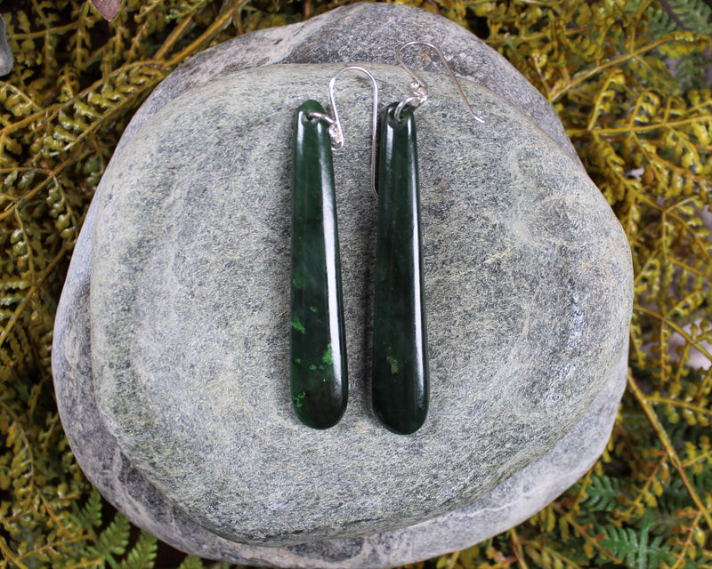 Roimata Teardrop carved from Kawakawa Pounamu - NZ Greenstone