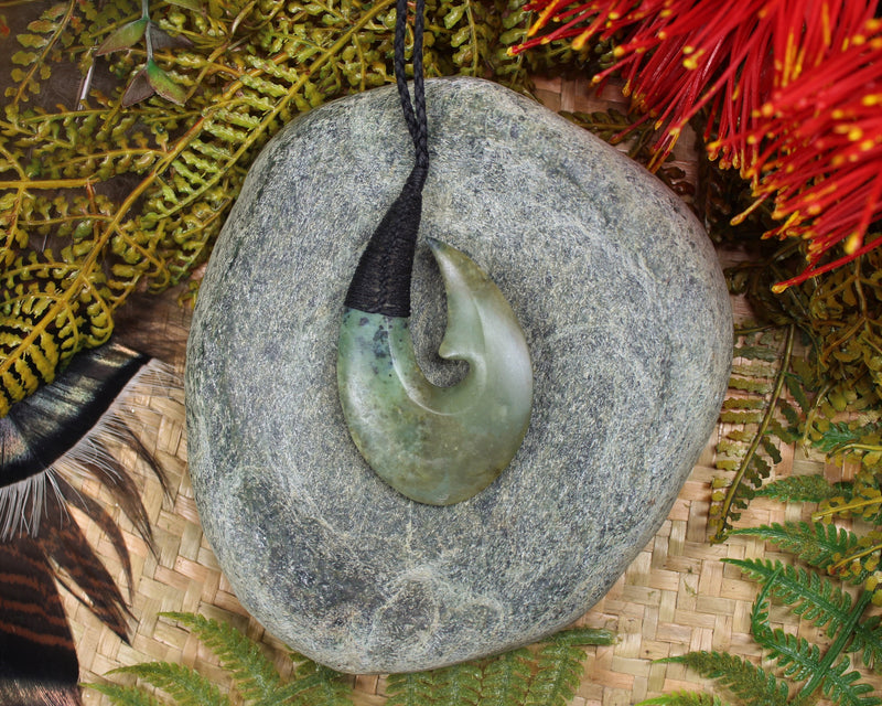 Toki or Adze carved from Rimu Pounamu - NZ Greenstone