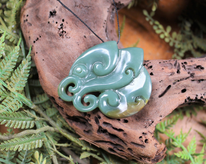 Manaia carved from Inanga Pounamu - NZ Greenstone