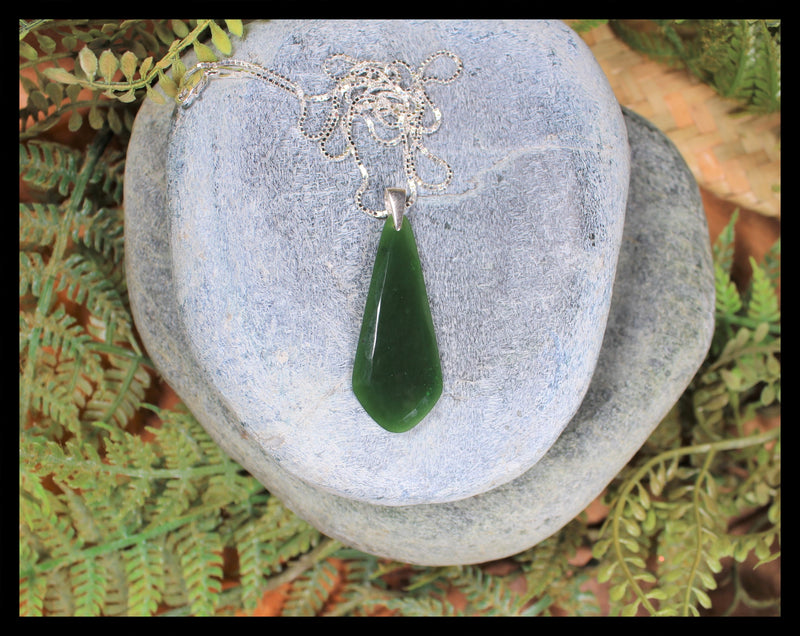 Sterling Silver Greenstone Pendant carved from Kawakawa Pounamu - NZ Greenstone