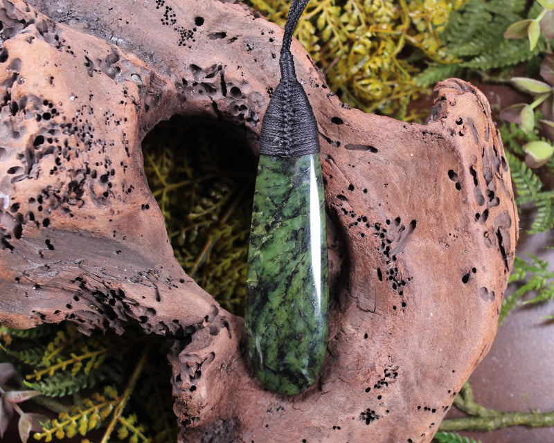 Roimata or Teardrop Pendant carved from Hapopo Pounamu - NZ Greenstone