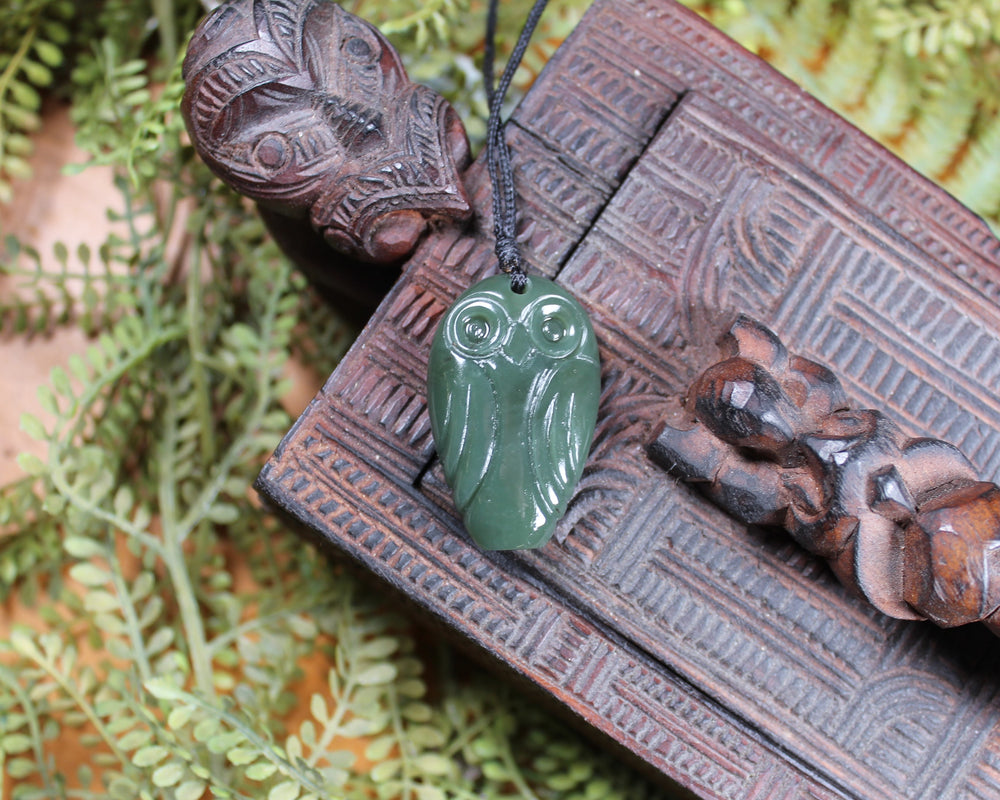 Roimata Teardrop carved from Flower Jade Pounamu - NZ Greenstone