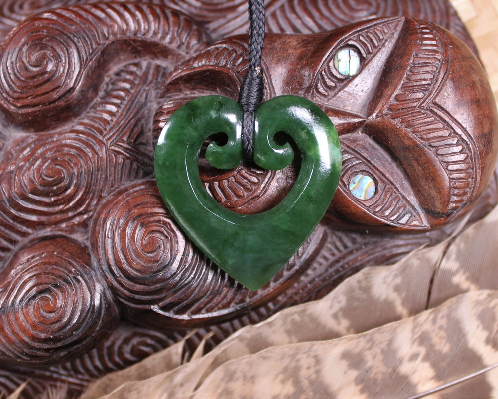 Double Manaia Pendant carved from Kawakawa Pounamu - NZ Greenstone