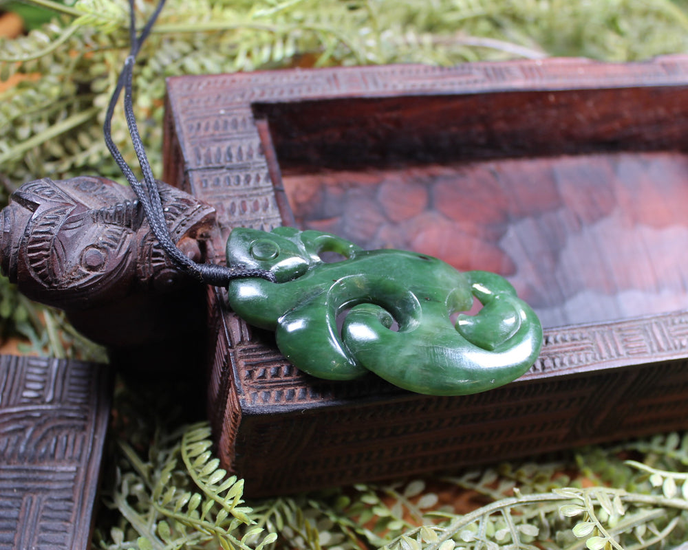 Hei Matau or Fish Hook carved from Kawakawa Pounamu - NZ Greenstone