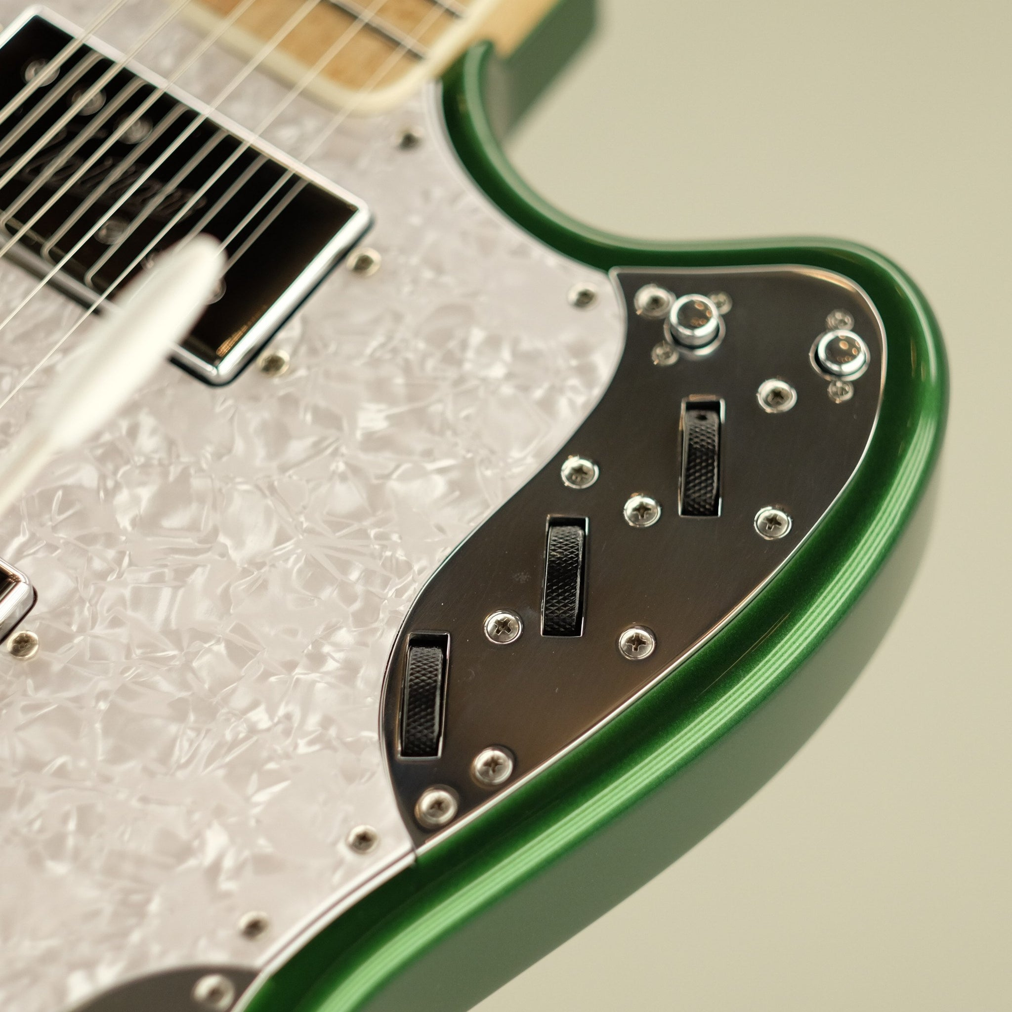 Relevator, Candy Apple Green Metallic Burst