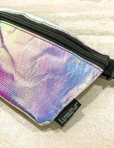 83228: FYDELITY- Ultra-Slim Fanny Pack: INTERPLANETARY Aura Silver