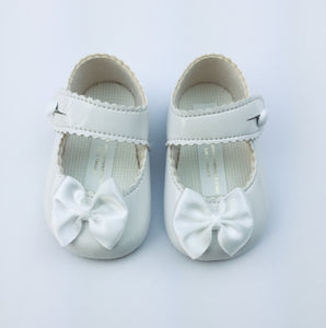Pram Shoe - Snow White