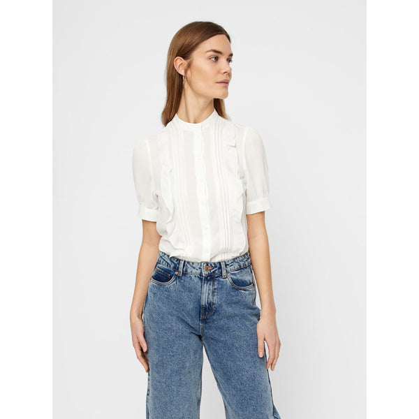 VERO MODA : Frill Detail Short Sleeve Shirt