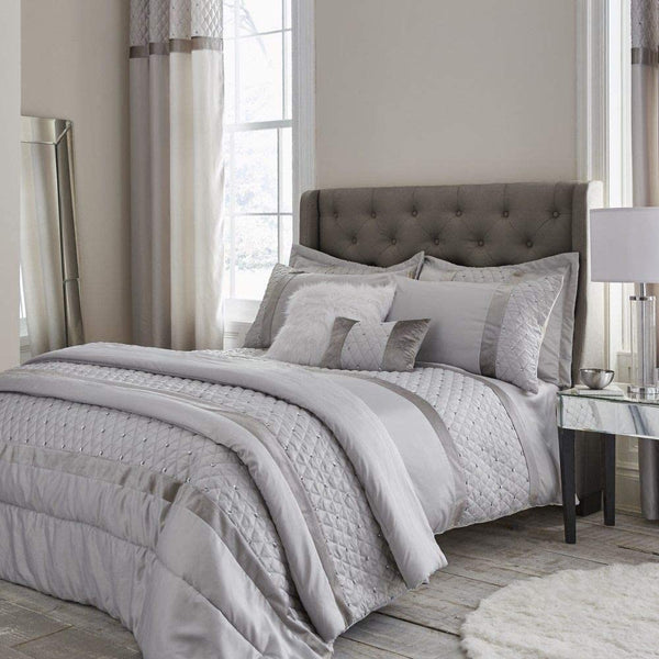 CATHERINE LANSFIELD : Sequin Cluster Bedspread - Silver