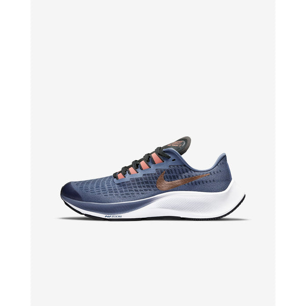 NIKE : Girl's Air Zoom Pegasus 37