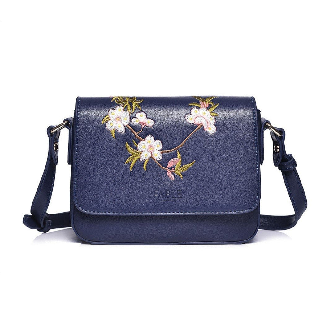 COPE CLOTHING : Navy floral cross body
