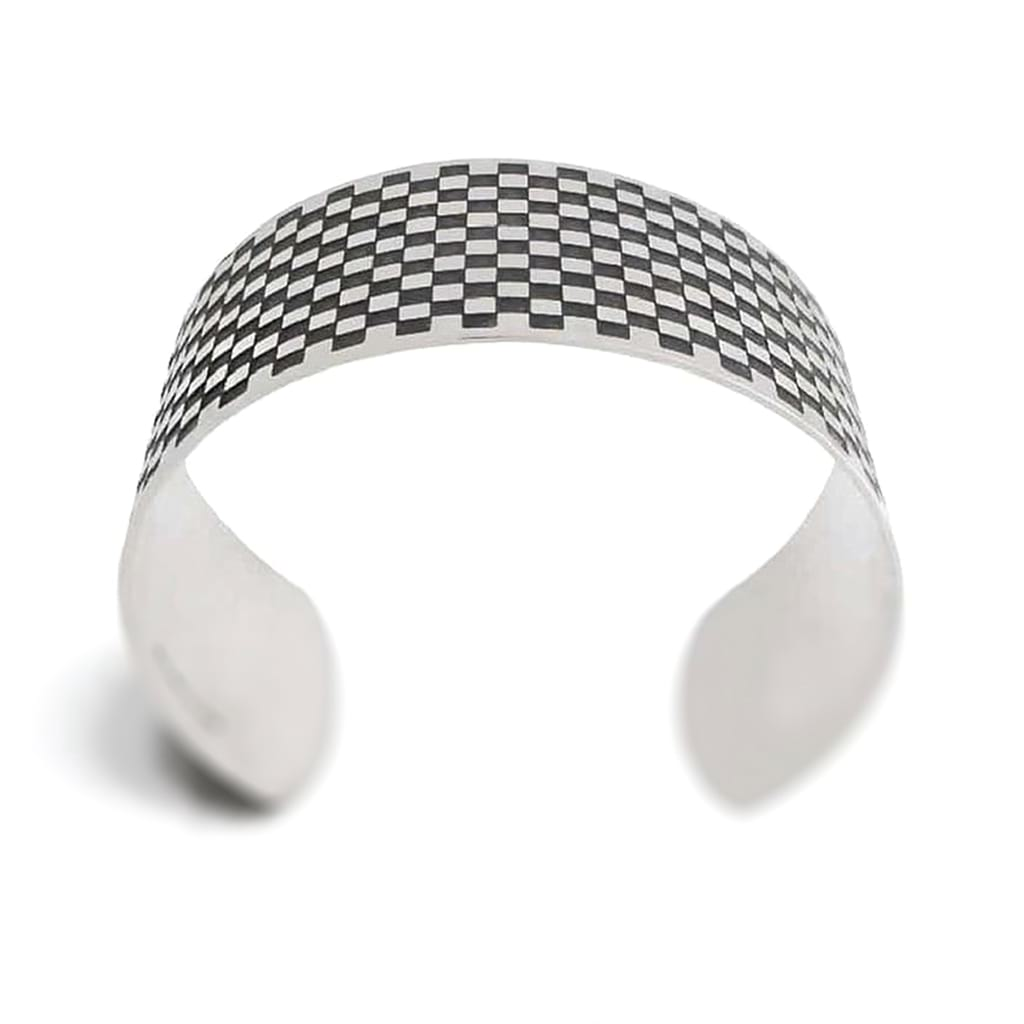 square wide cuff oxidised medium frontal