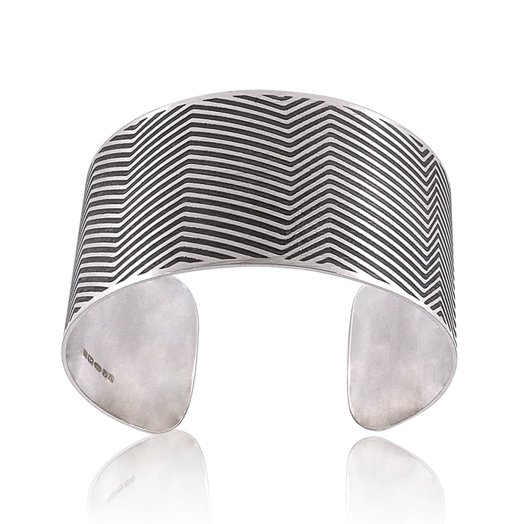 silver cuff with lines oxidised frontal