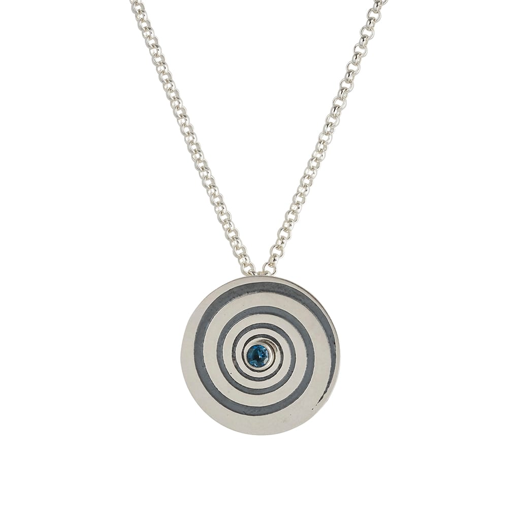 silver necklace hipnotic swirl frontal